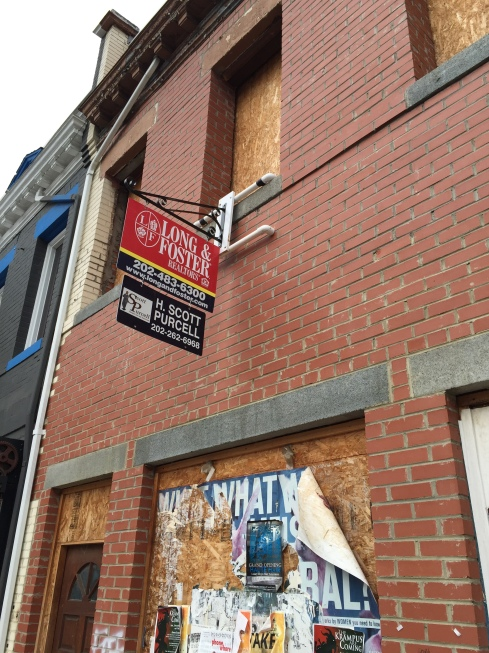 Storefront That Was Supposed to Become Sin Bin Sports Bar Now Up For Lease